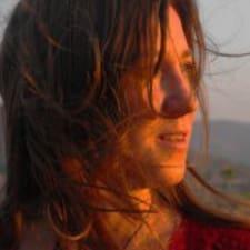 โพรไฟล์ผู้ใช้ Maria Rosa