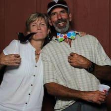 Profil Pengguna Gary & Lynn