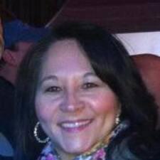 Julie McLinn User Profile
