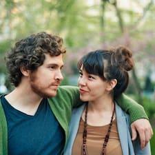 Genevieve & Brett felhasználói profilja