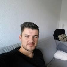 โพรไฟล์ผู้ใช้ Sven