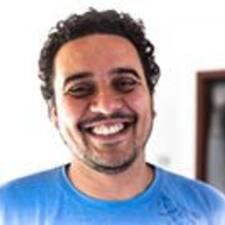 โพรไฟล์ผู้ใช้ Maurício