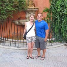 Julie And Dan Brukerprofil