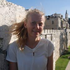 Sofie Irene Vang User Profile