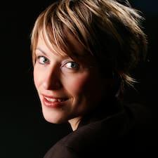 Karoline Gro Budtz felhasználói profilja