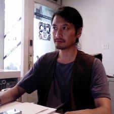 Anh Tuan felhasználói profilja