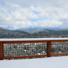 Tahoe Pinnacle Rental LLC คือเจ้าของที่พัก