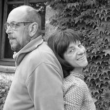 Hélène Et Jörg es el anfitrión.