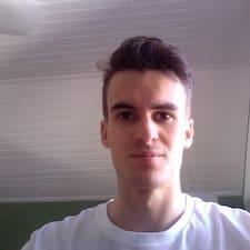 Profil Pengguna Mathis