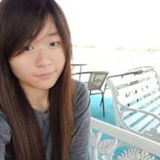 Yan felhasználói profilja