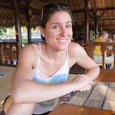 Marie Caroline User Profile