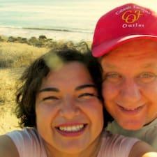 Robert & Romina est l'hôte.