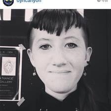 Dyan User Profile