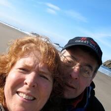 โพรไฟล์ผู้ใช้ Delia And Steve