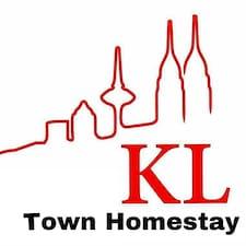 Kl Town es el anfitrión.