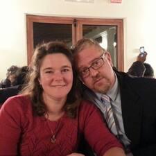 Dale & Monica Brugerprofil