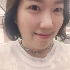 โพรไฟล์ผู้ใช้ Ji Yeon