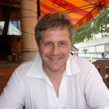 Paweł est l'hôte.