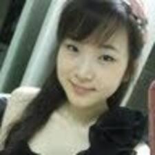 โพรไฟล์ผู้ใช้ Jiwon Evelyn