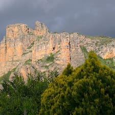 Casa Verde Rioja est l'hôte.