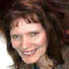 Suzanne Brugerprofil