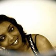 Tanecia Nicole felhasználói profilja