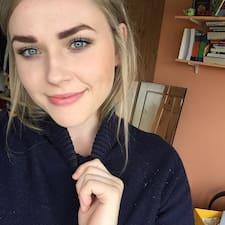 Anyssa User Profile