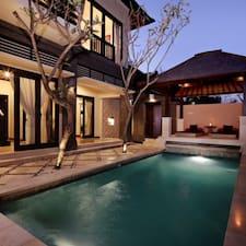 Villa Kayana je domaćin.