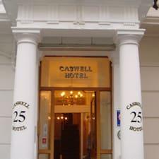 Caswell Hotel คือเจ้าของที่พัก
