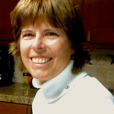 Kathy es el anfitrión.