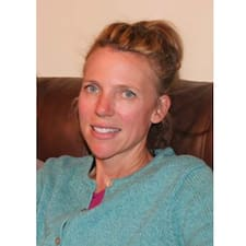 Kathleen Leigh User Profile