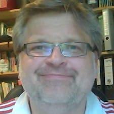 Profil Pengguna Roland
