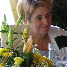 Maria Teresa is the host.