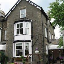 Crompton House คือเจ้าของที่พัก