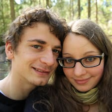 โพรไฟล์ผู้ใช้ Paul & Nina