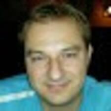 Miroslav的用户个人资料