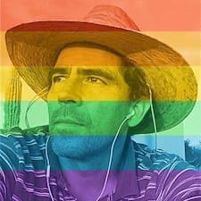โพรไฟล์ผู้ใช้ Juan
