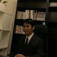 Yoshi的用戶個人資料