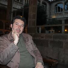 Luis Santiago User Profile