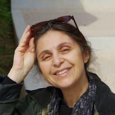 Anne-Caroline