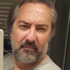 โพรไฟล์ผู้ใช้ Ahmet