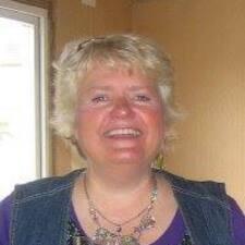Elisabet felhasználói profilja