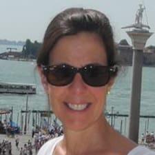 Profil Pengguna Maryanne