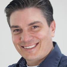 Profil korisnika Mark Hockridge