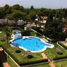 Apartamento luminoso con piscina el puerto de santa for Piscina municipal el puerto de santa maria