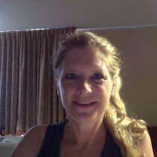 Henkilön Carolyn käyttäjäprofiili