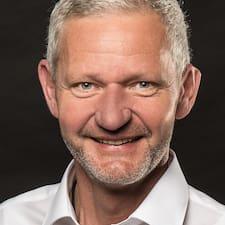 Eugen User Profile