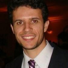 Eduardo Elias User Profile
