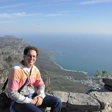 Pieter-Jan es el anfitrión.