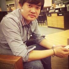彤 User Profile